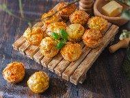 Солени мъфини с пилешко месо и босилек